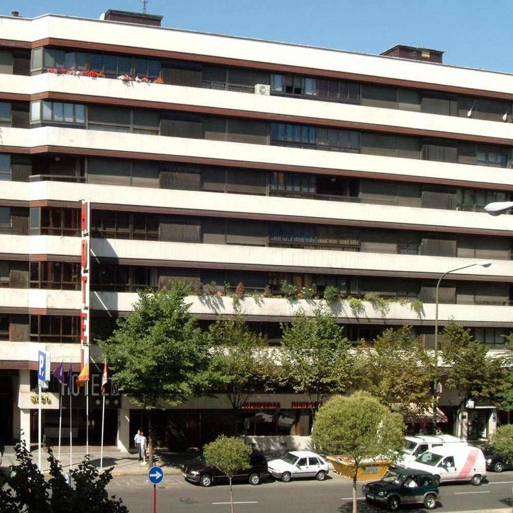Hotel Castilla Vieja DUI